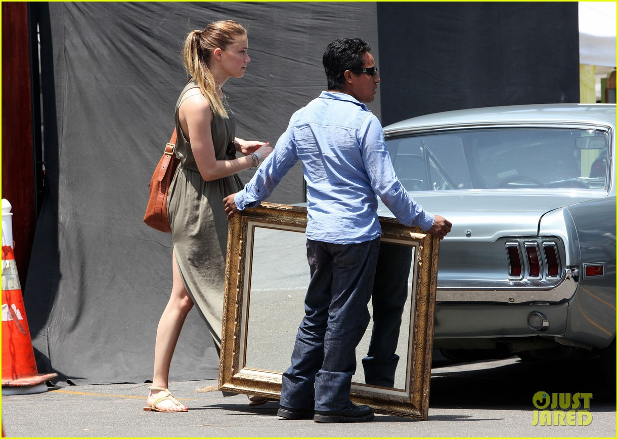 amber heard solo shopping after night with johnny depp 132860412