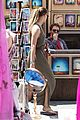 amber heard solo shopping after night with johnny depp 10