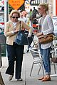 katherine heigl lunches with mom after girls trip to cabo 25