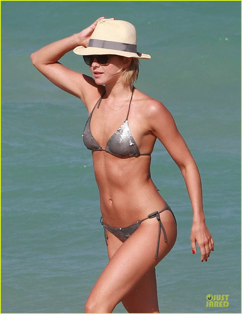 julianne hough nina dobrev bikini miami babes 12