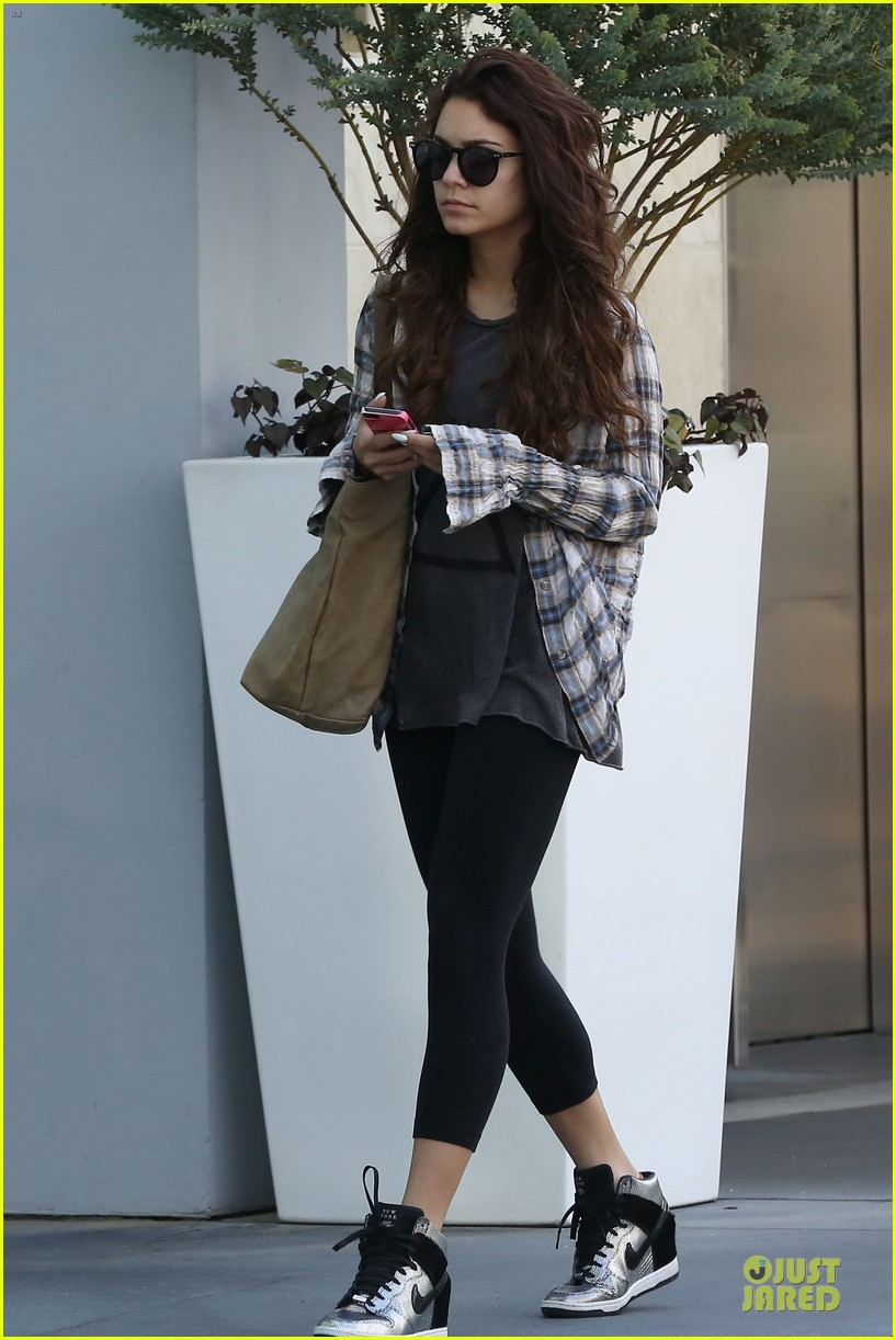 vanessa hudgens bathroom photo shoot with stella 022859012