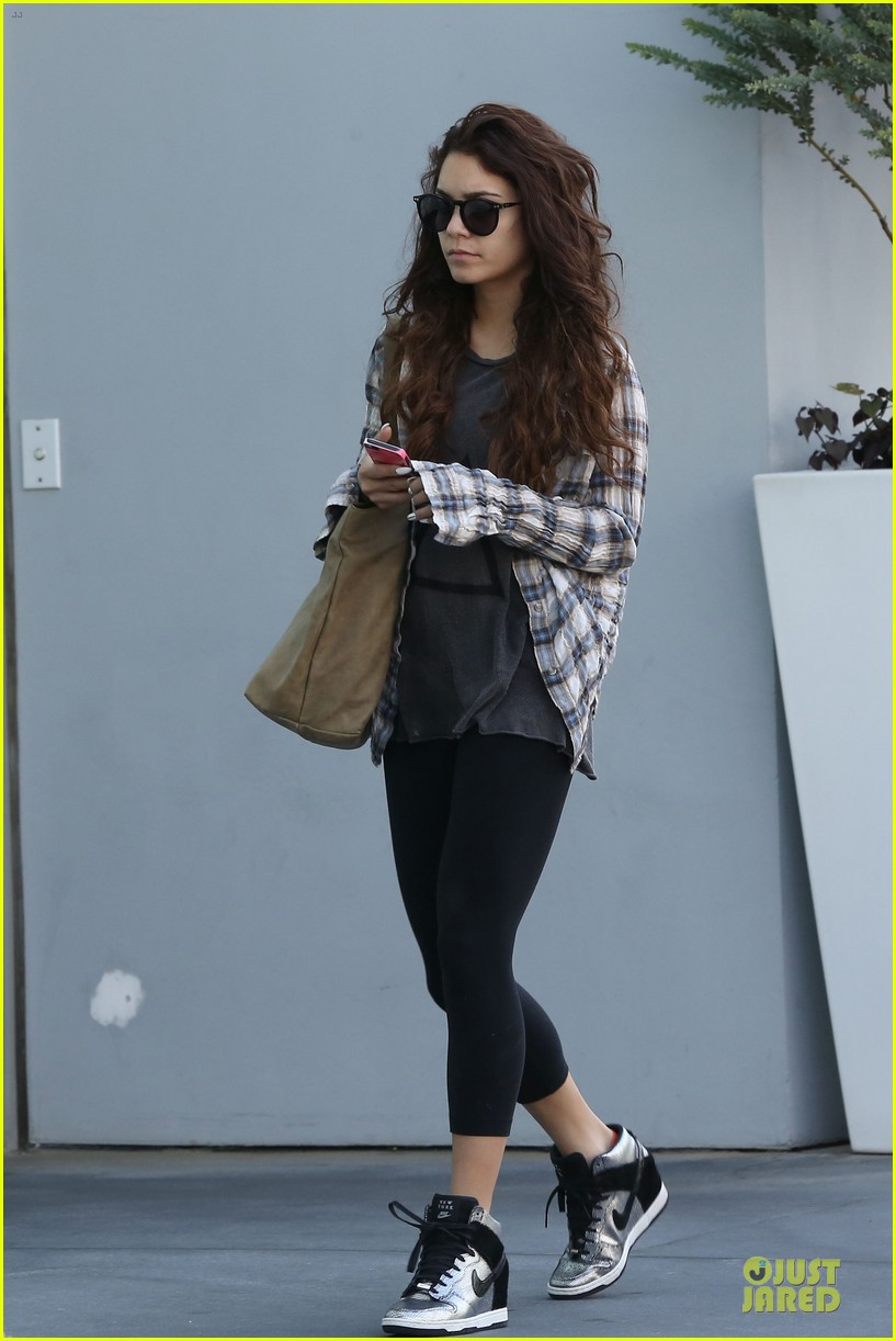 vanessa hudgens bathroom photo shoot with stella 032859013