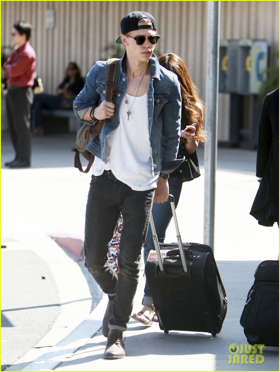 vanessa hudgens austin butler take flight in burbank 172859712