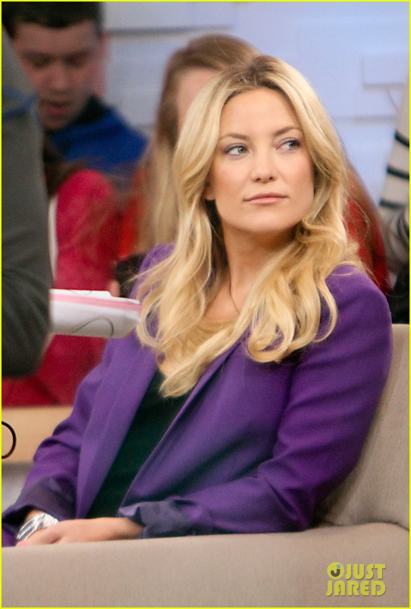 kate hudson good morning america appearance 05
