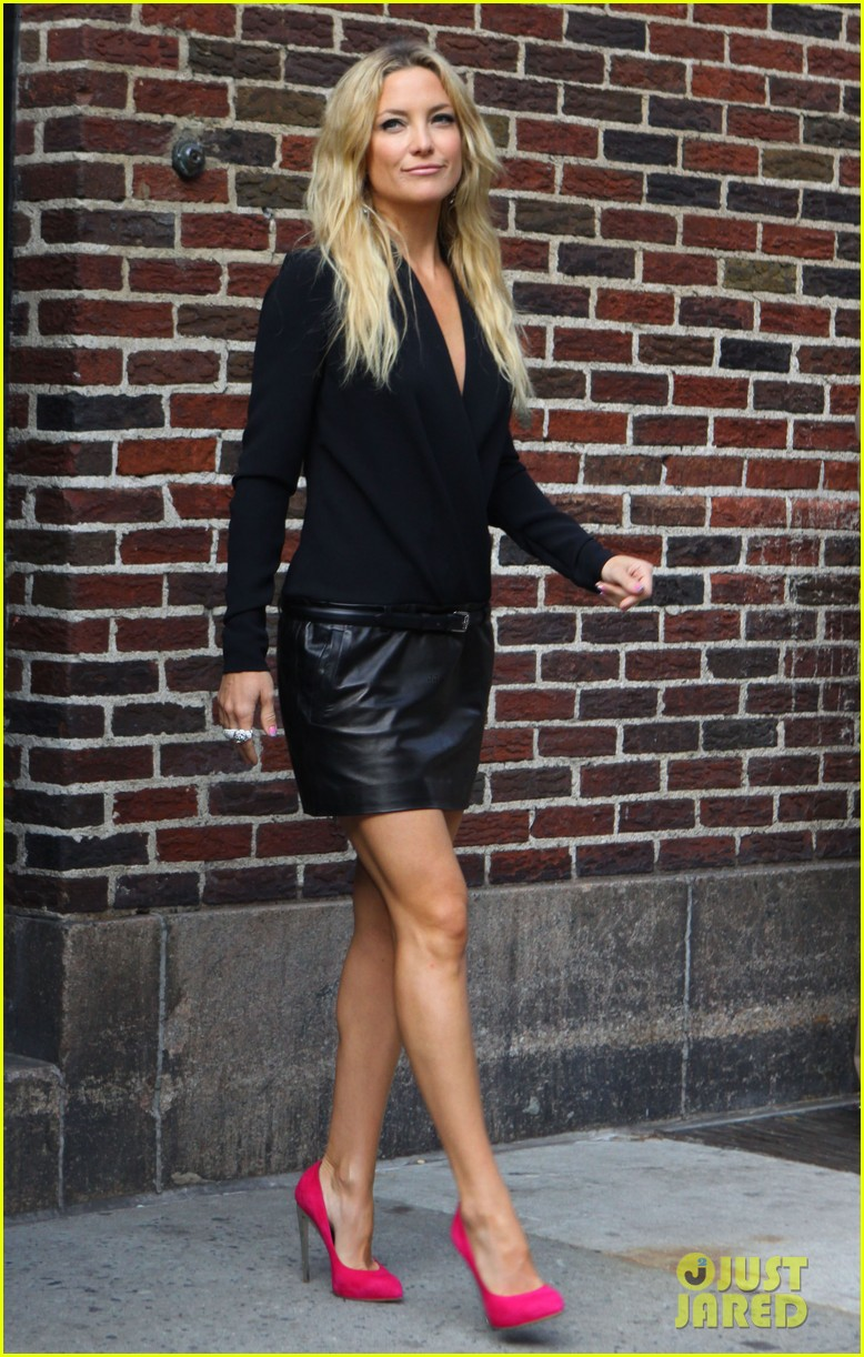 kate hudson late show with david letterman 112857416