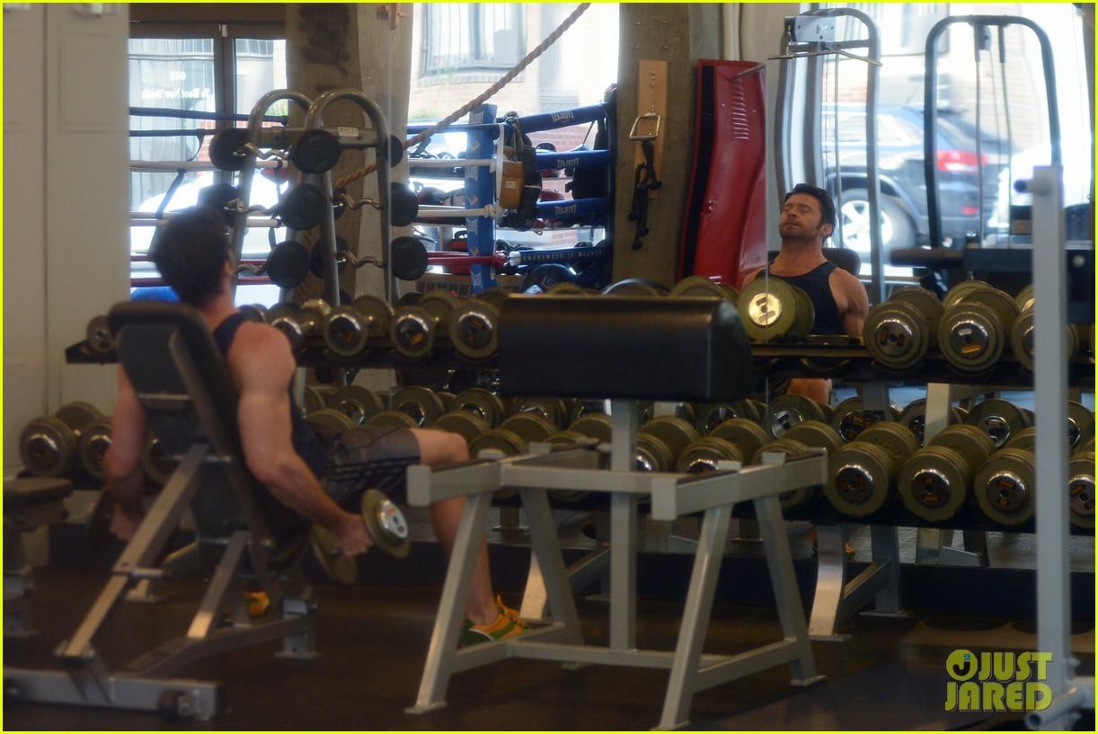 hugh jackman bulging bicep workout 14