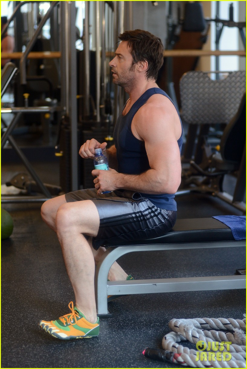 hugh jackman bulging bicep workout 21