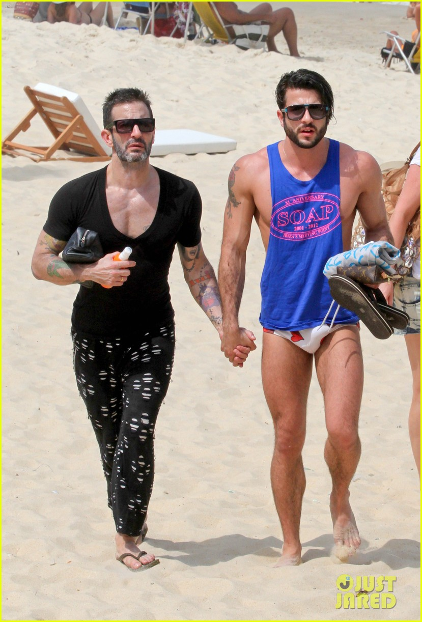 marc jacobs harry louis shirtless speedo pda in rio 03