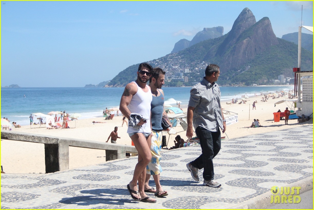 marc jacobs harry louis speedo sexy in rio 06