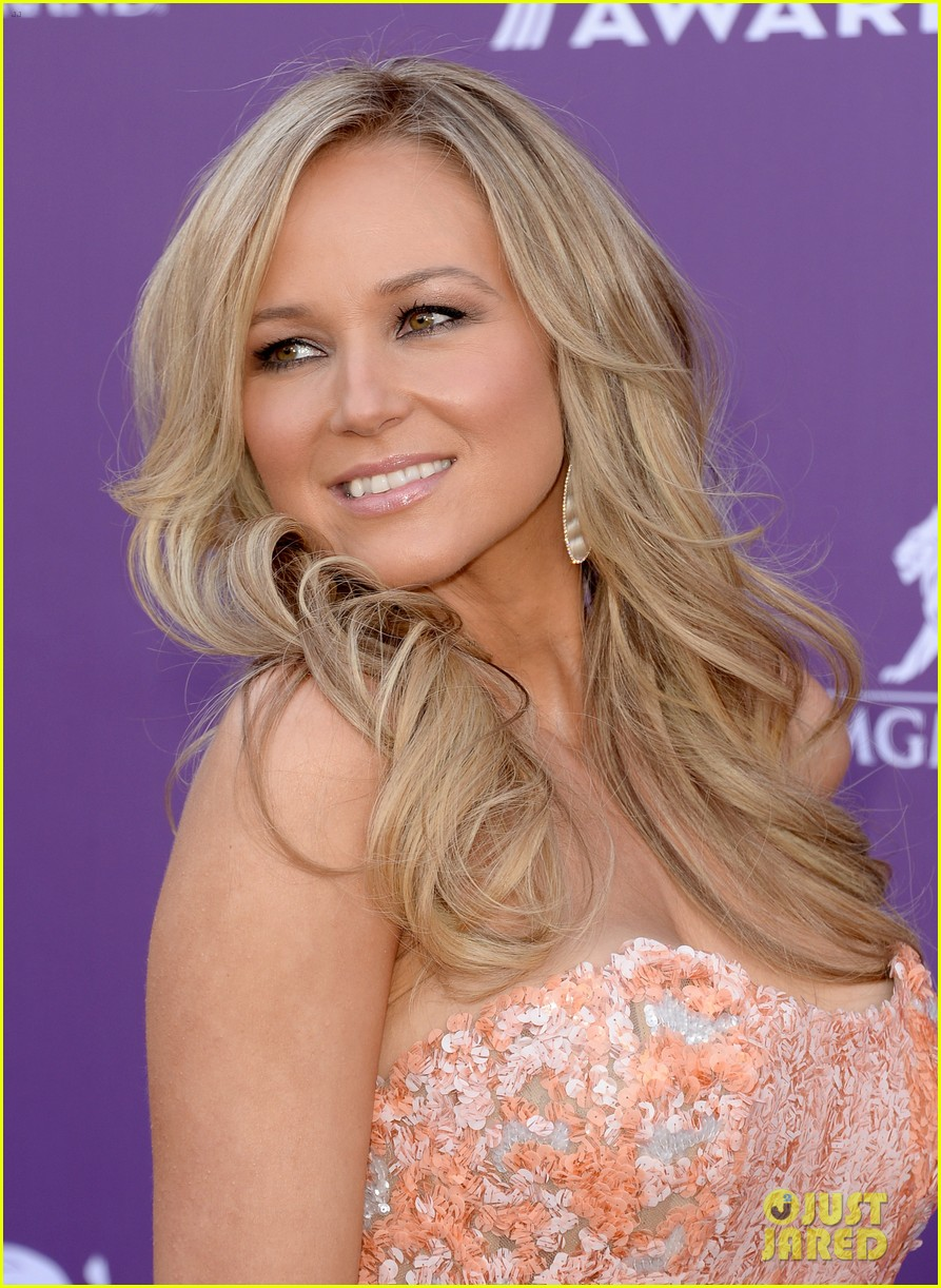 jewel acm awards 2013 red carpet 092845085