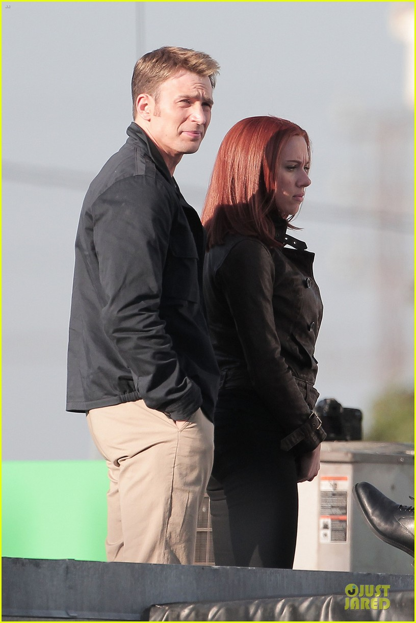 scarlett johansson chris evans captain america the winter soldier confrontations 042861142