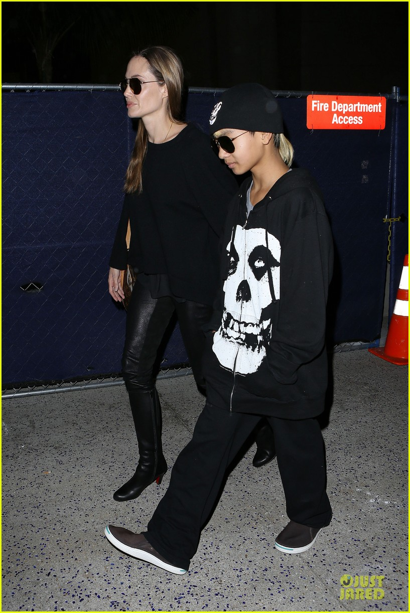 angelina jolie lax arrival with maddox 12
