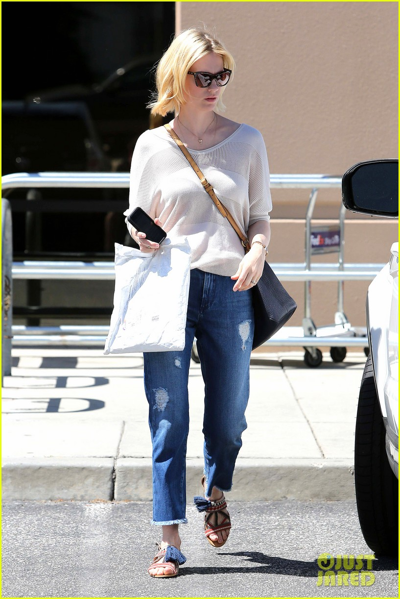 january jones friday fedex stop 242853758