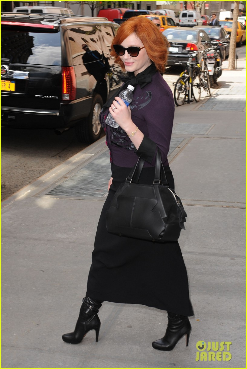 january jones christina hendricks mad men at katie 102855822