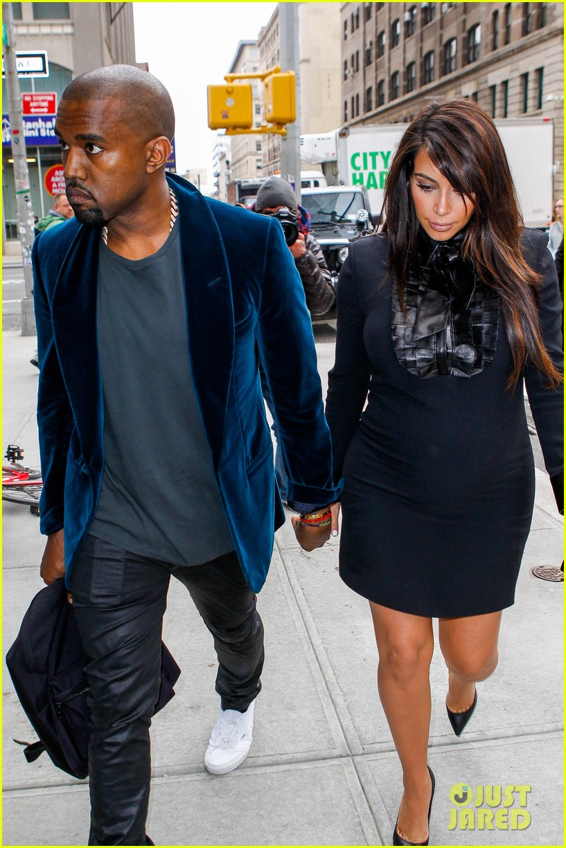 kim kardashian kanye west hold hands in nyc 08