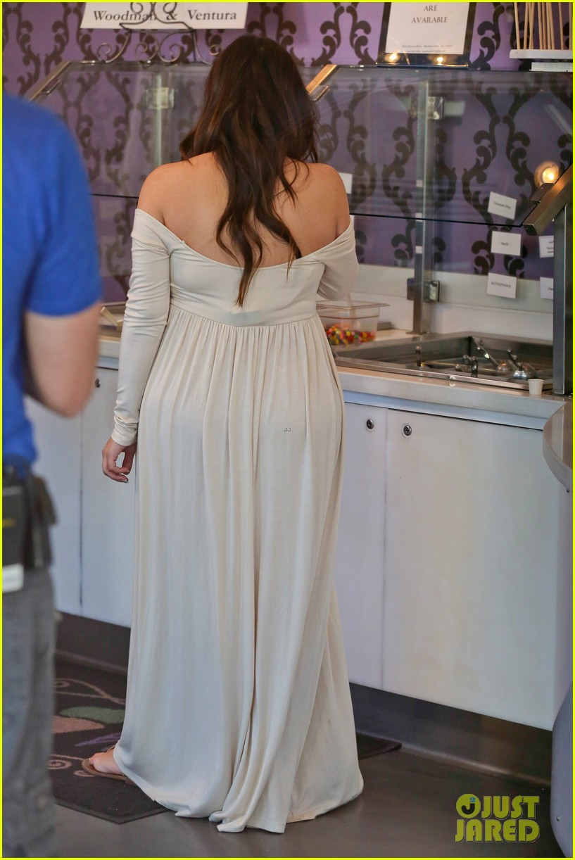 kim kardashian pregnant frozen yogurt craving 17