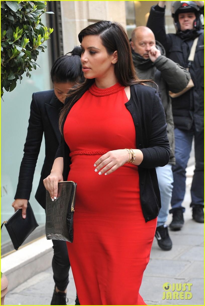 kim kardashian kanye west reunited in paris 04