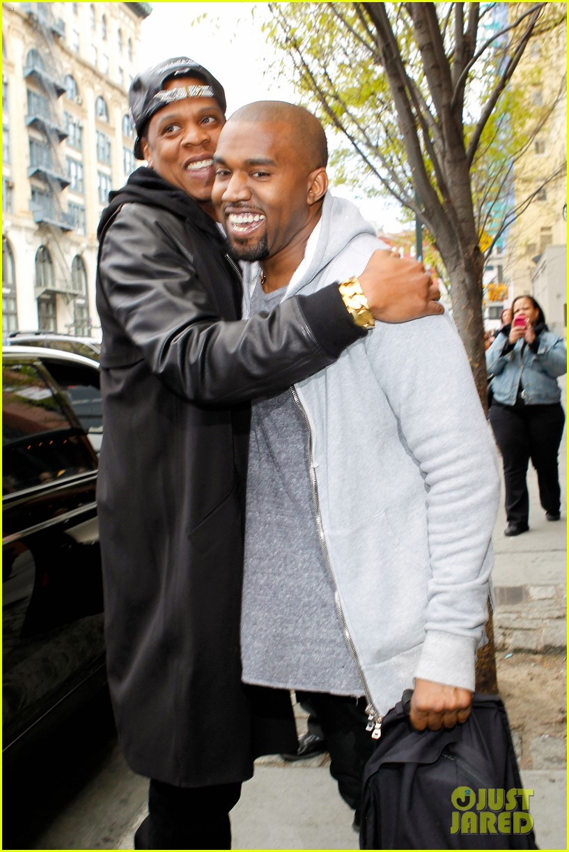 pregnant kim kardashian kanye west reunite in nyc 04
