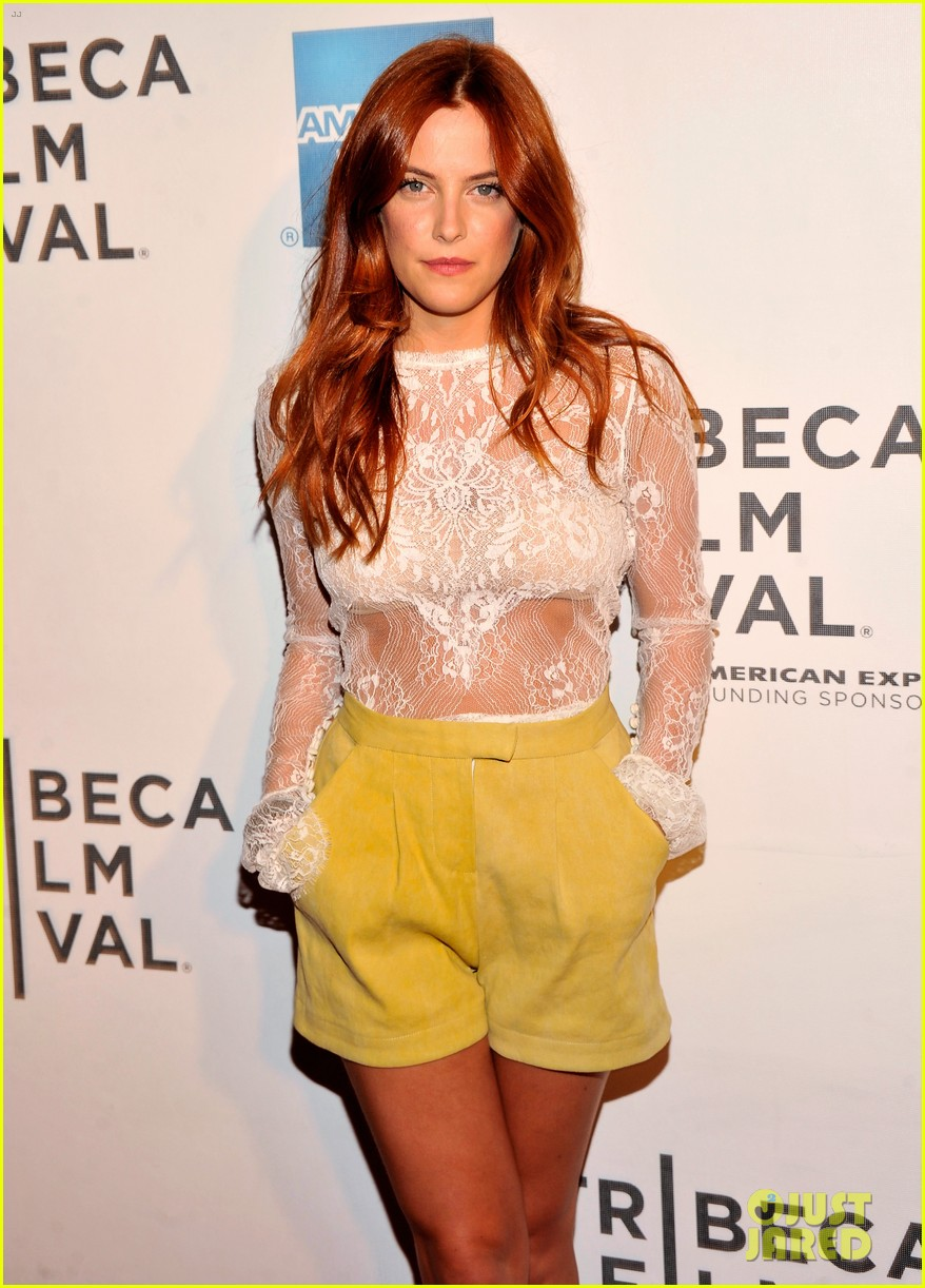 riley keough mistaken for strangers tribeca premiere 07