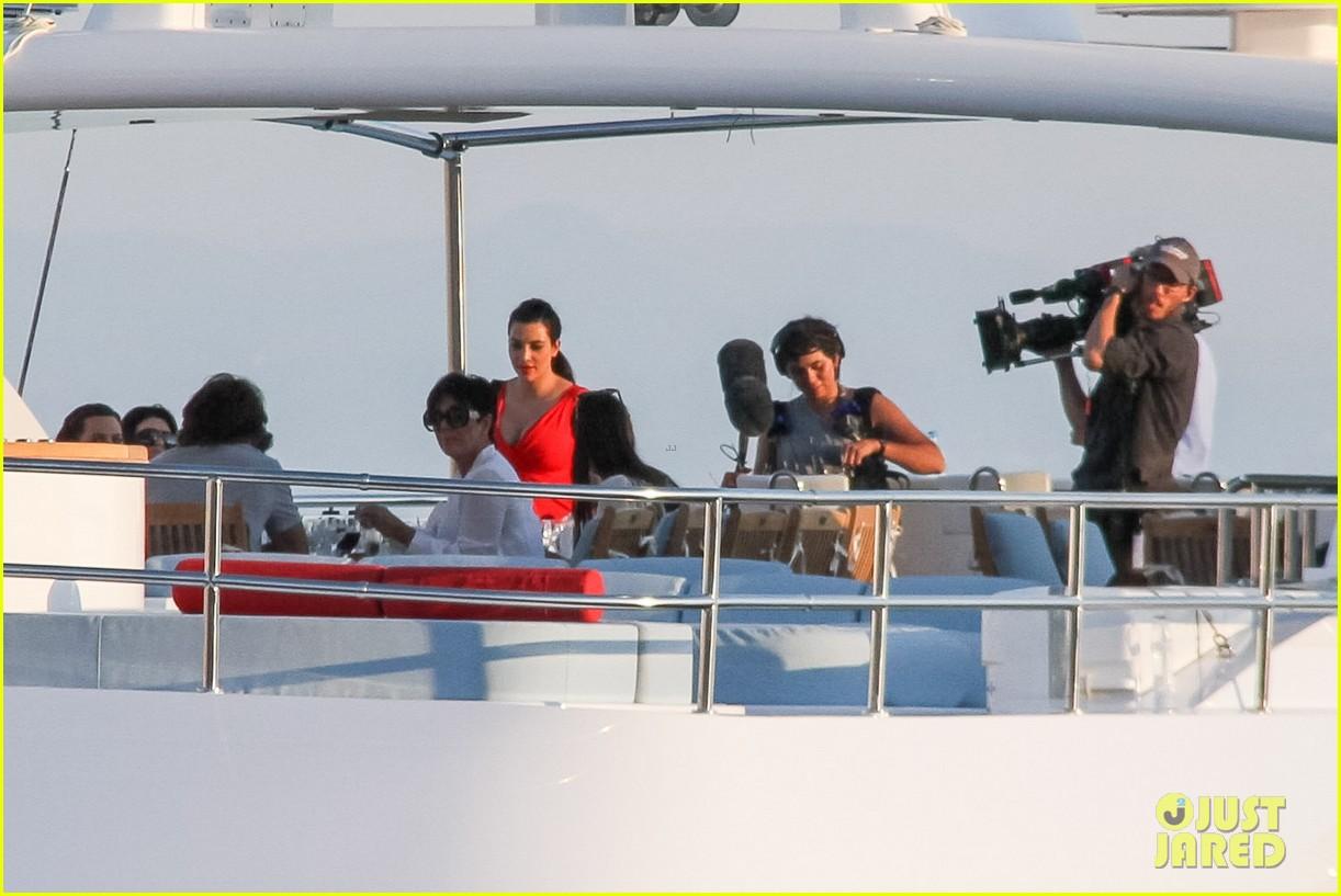 pregnant kim kardashian family boat ride in greece 332860218