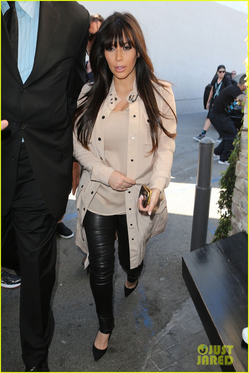 kim kardashian eats with sisters kanye west parties with rob 142843447