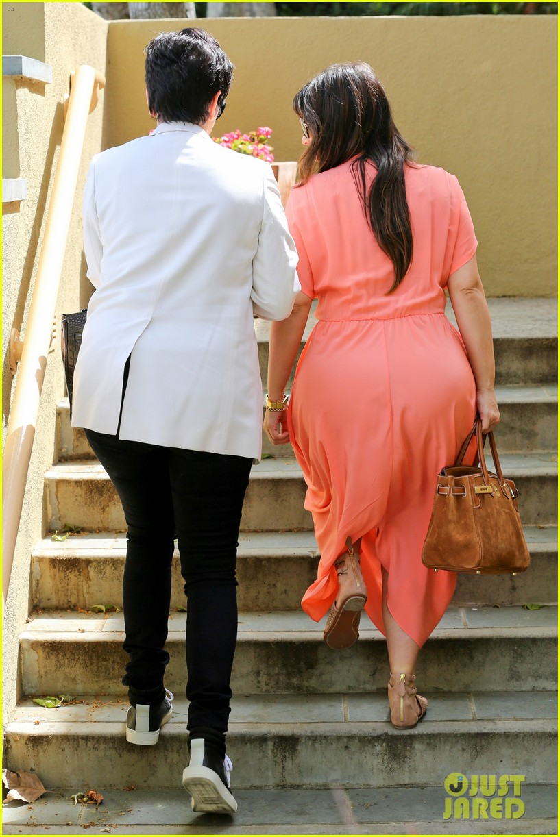 pregnant kim kardashian sunday family church service 042844927