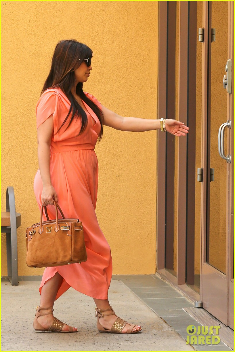 pregnant kim kardashian sunday family church service 212844944