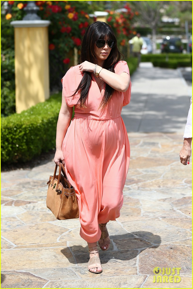 pregnant kim kardashian sunday family church service 342844957