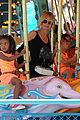 heidi klum martin kirsten disneyland fun with the kids 04
