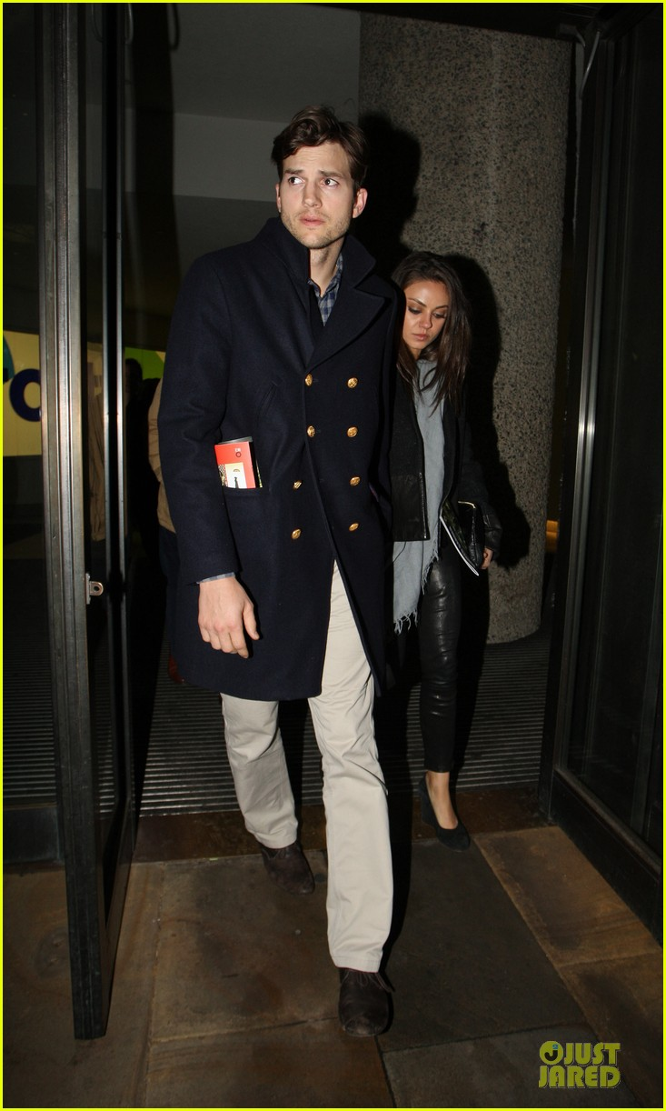 milia kunis ashton kutcher holding hands in london 012848462