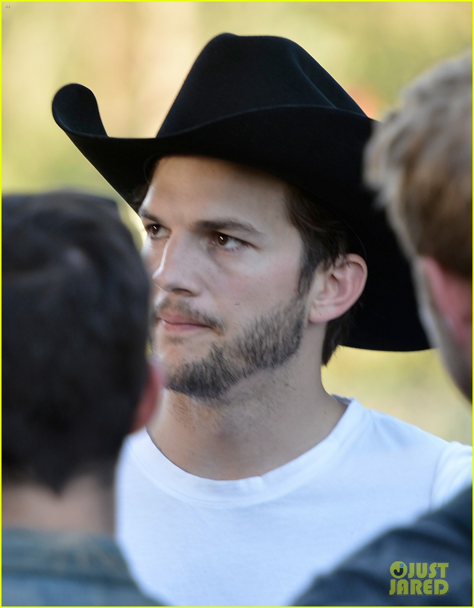 ashton kutcher involved in violent fight at stagecoach festival 142859727