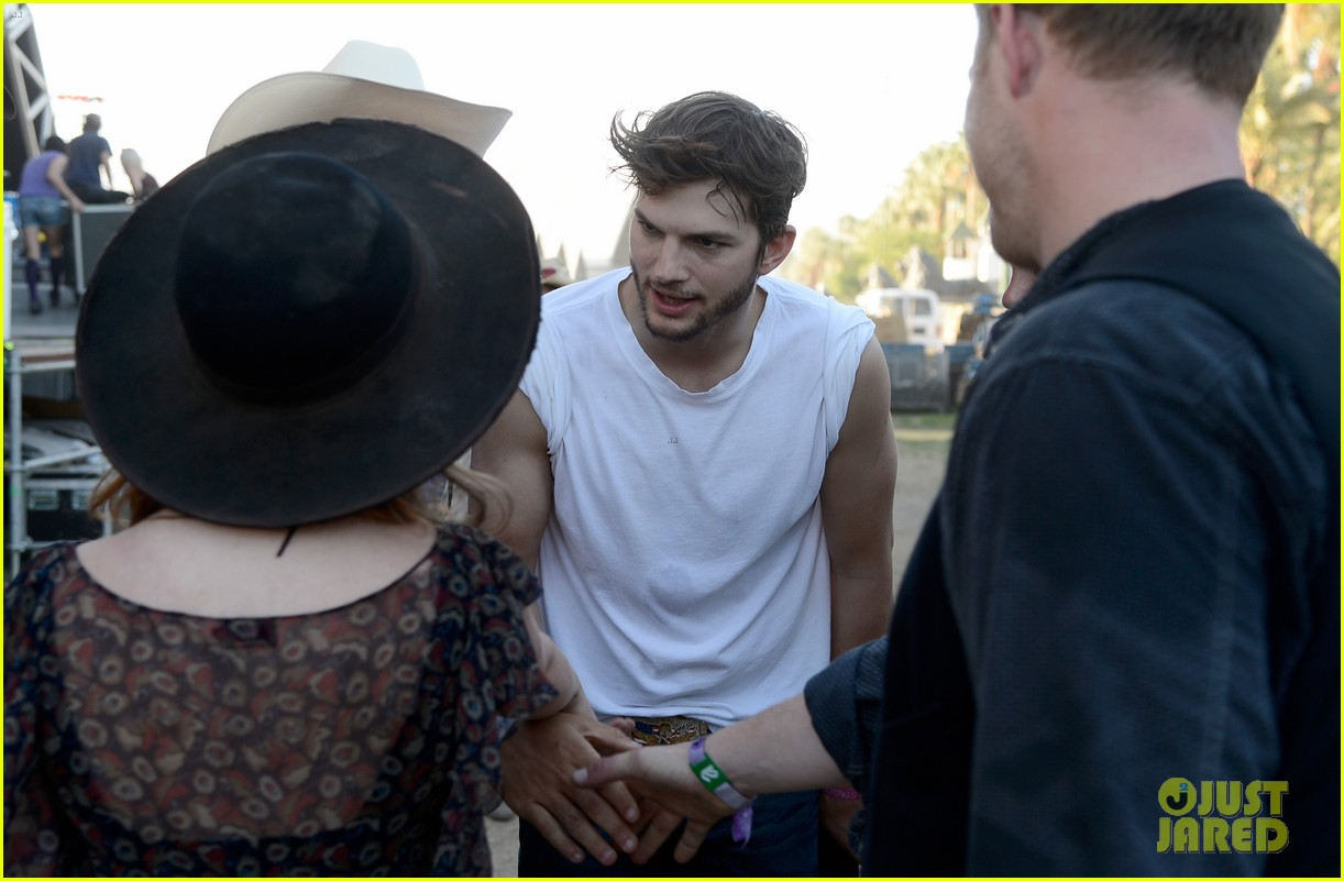 ashton kutcher involved in violent fight at stagecoach festival 17