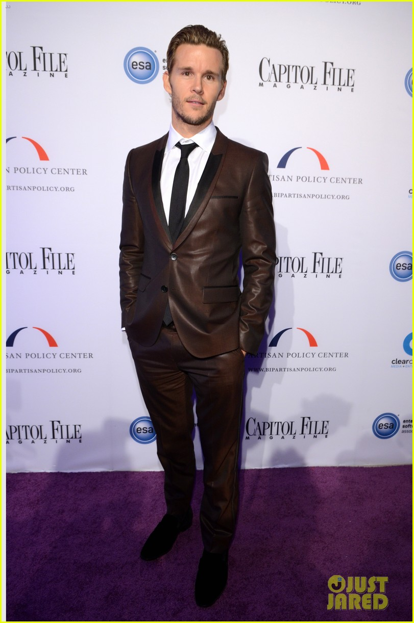 ryan kwanten white house correspondents dinner 2013 092859779