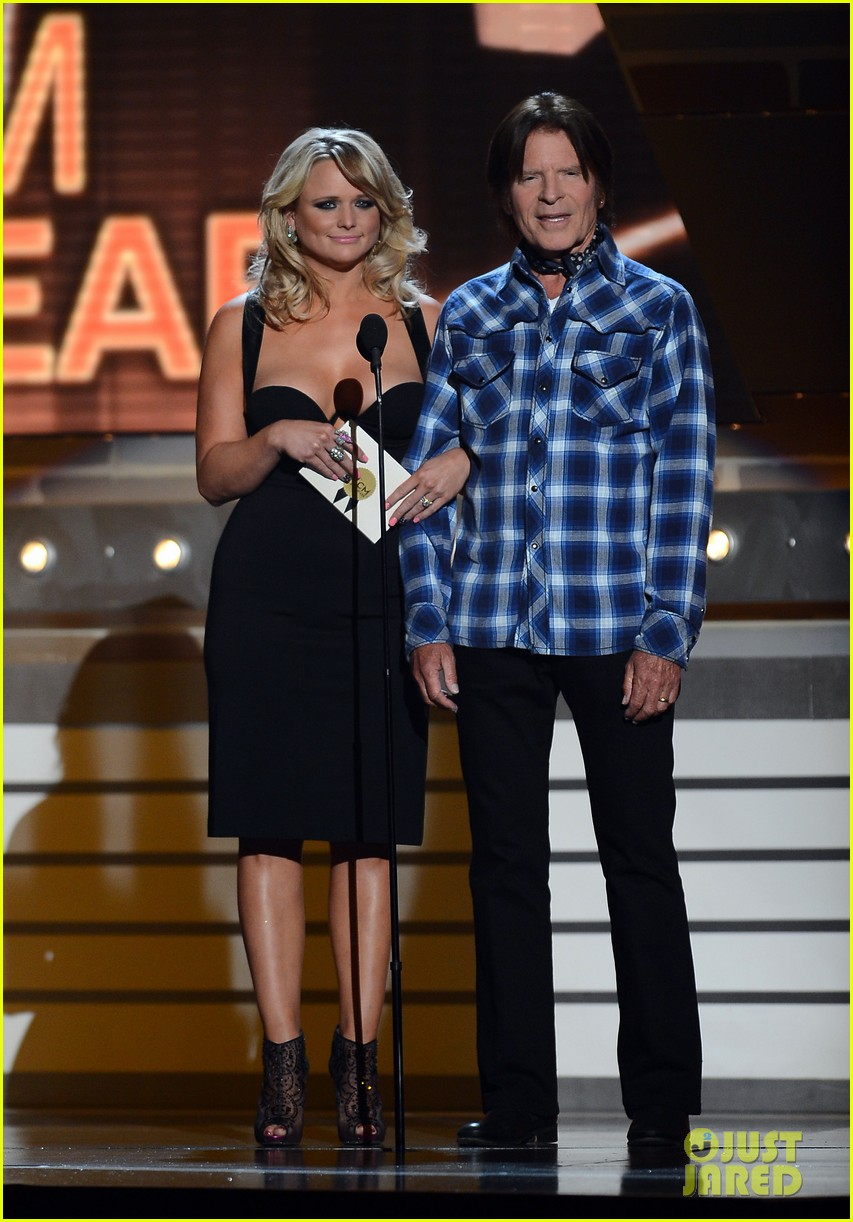 miranda lambert acm awards performance 2013 video 032845268