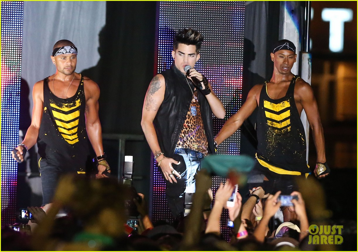 adam lambert amazing to be part of the gay movement 03