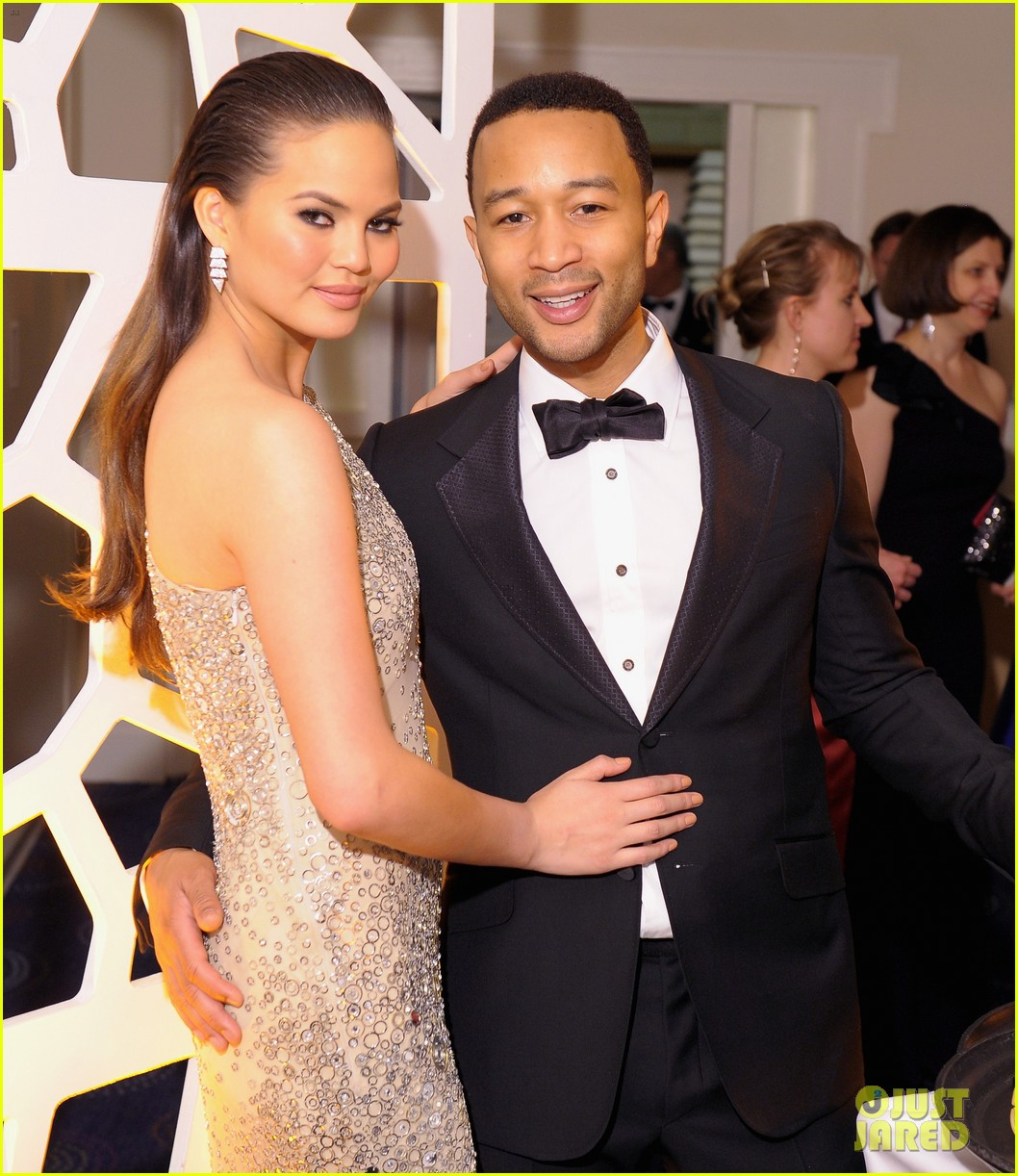 john legend chrissy teigen white house correspondents dinner 2013 022859570