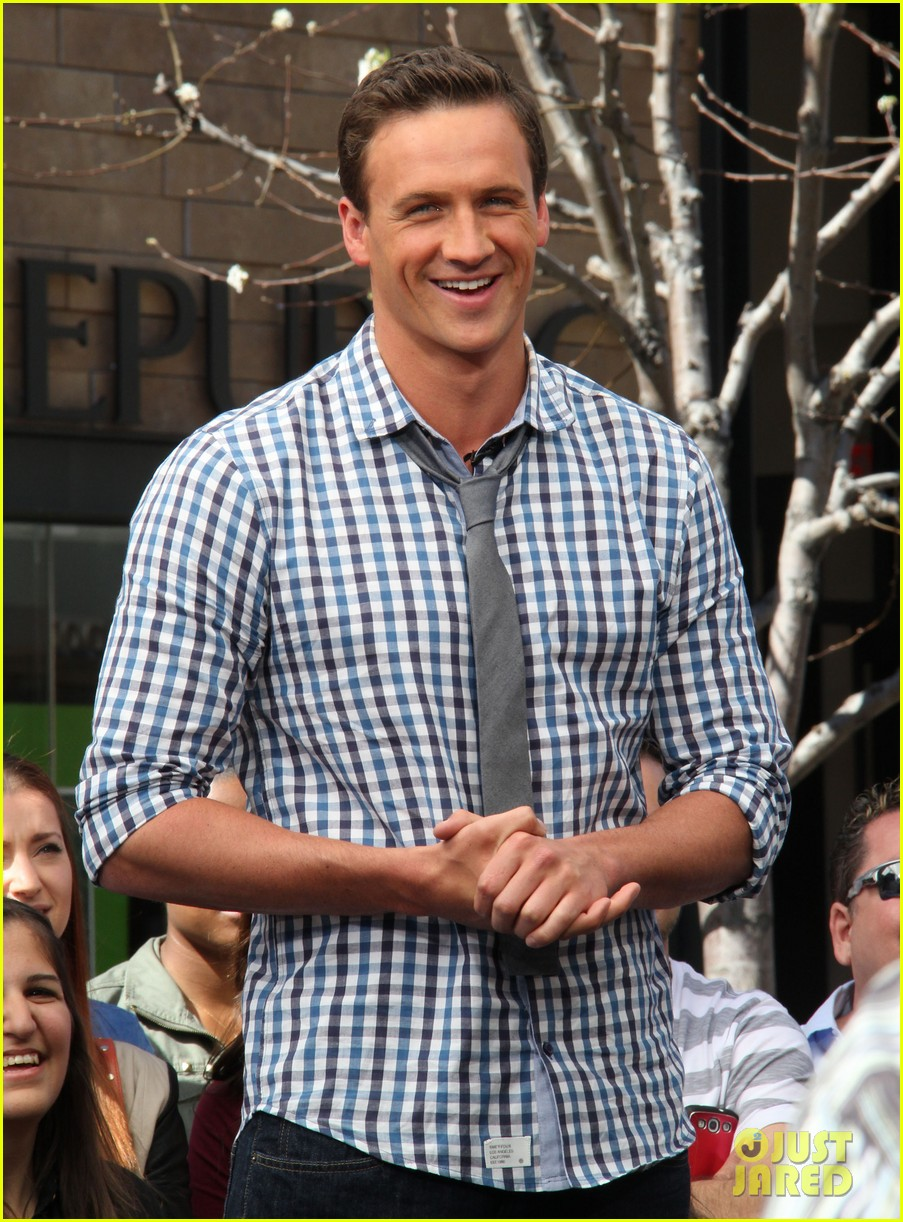 ryan lochte cracks up morning show anchors with interview answers 20