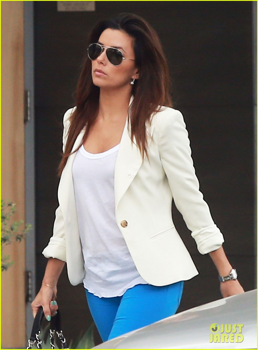 eva longoria errands before food chains fundraiser 11