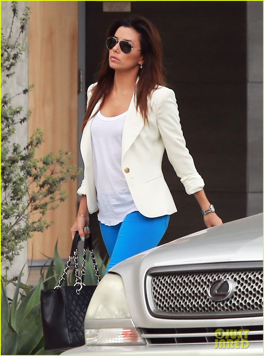 eva longoria errands before food chains fundraiser 12