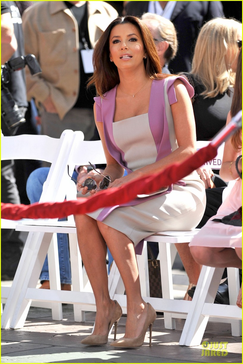 eva longoria jane fonda hollywood hand footprint ceremony 16