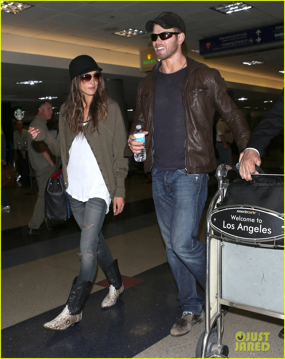 kellan lutz sharni vinson lax lovebirds 02