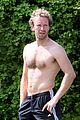 chris martin shirtless london workout 16
