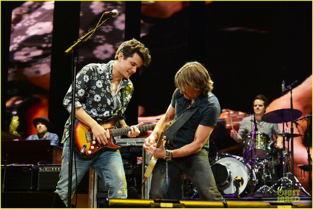 john mayer keith urban crossroads guitar festival performers 01