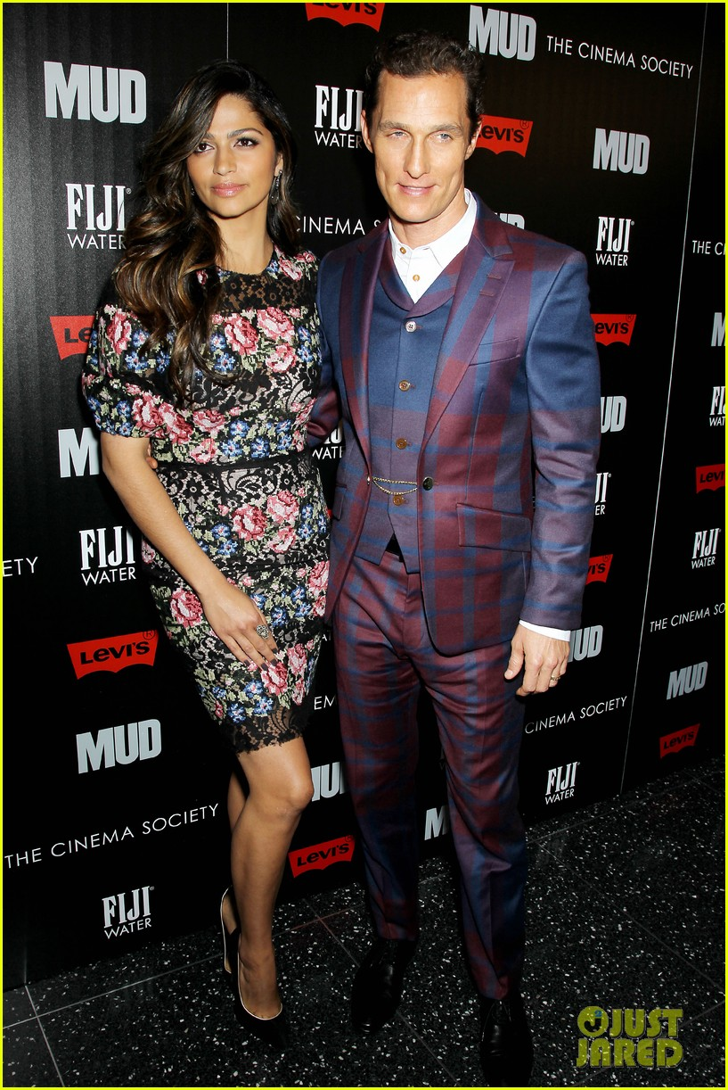 matthew mcconaughey mud screening with camila alves 08