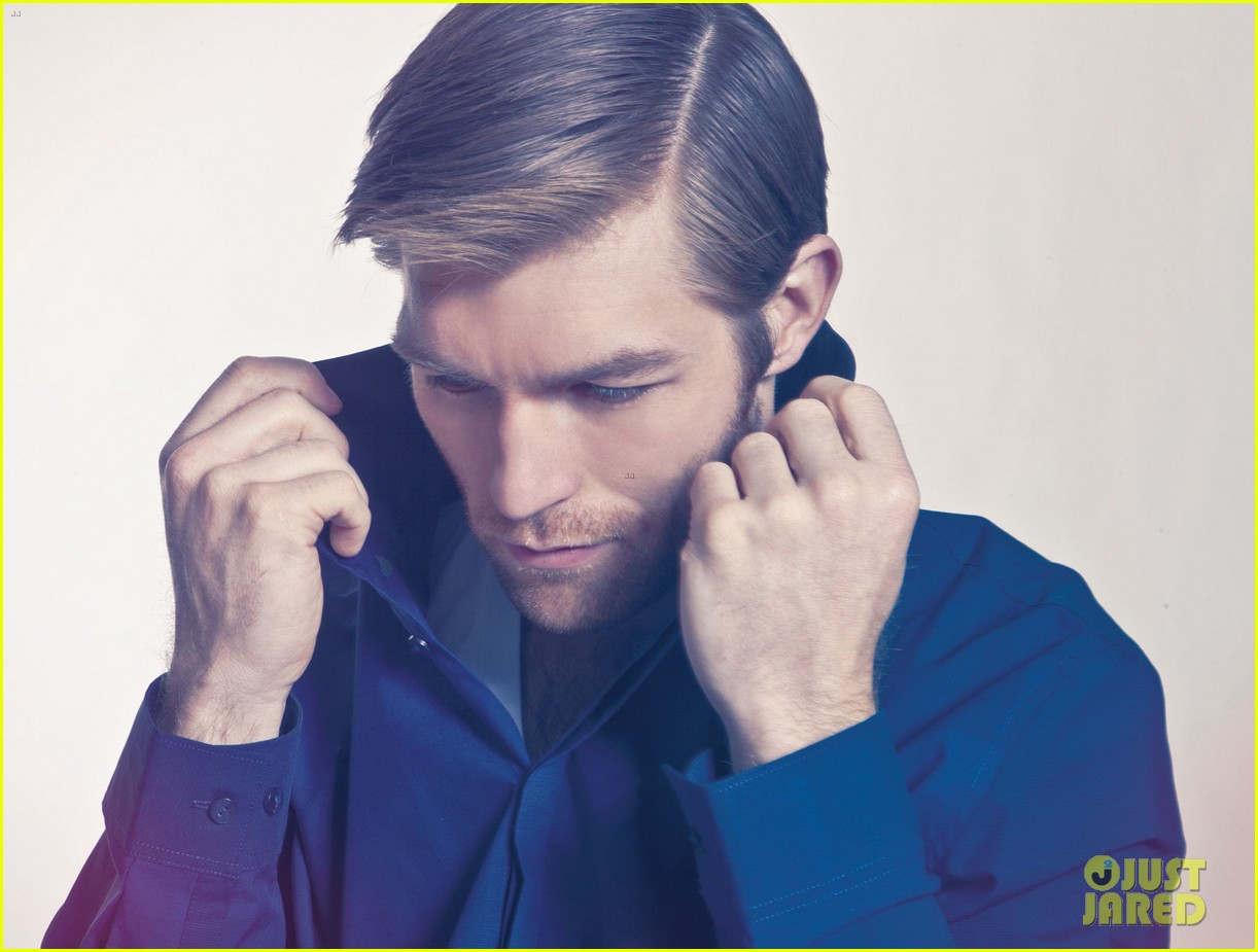 liam mcintyre suits up for da man magazine feature 06
