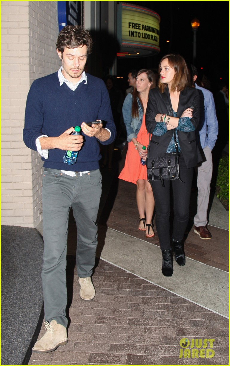 leighton meester adam brody arclight movie date with pals 01