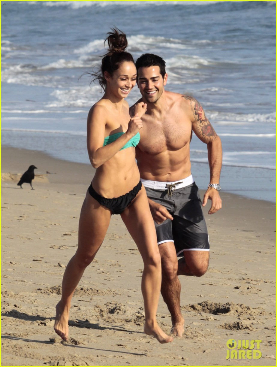 jesse metcalfe shirtless six pack beach stud 092860631