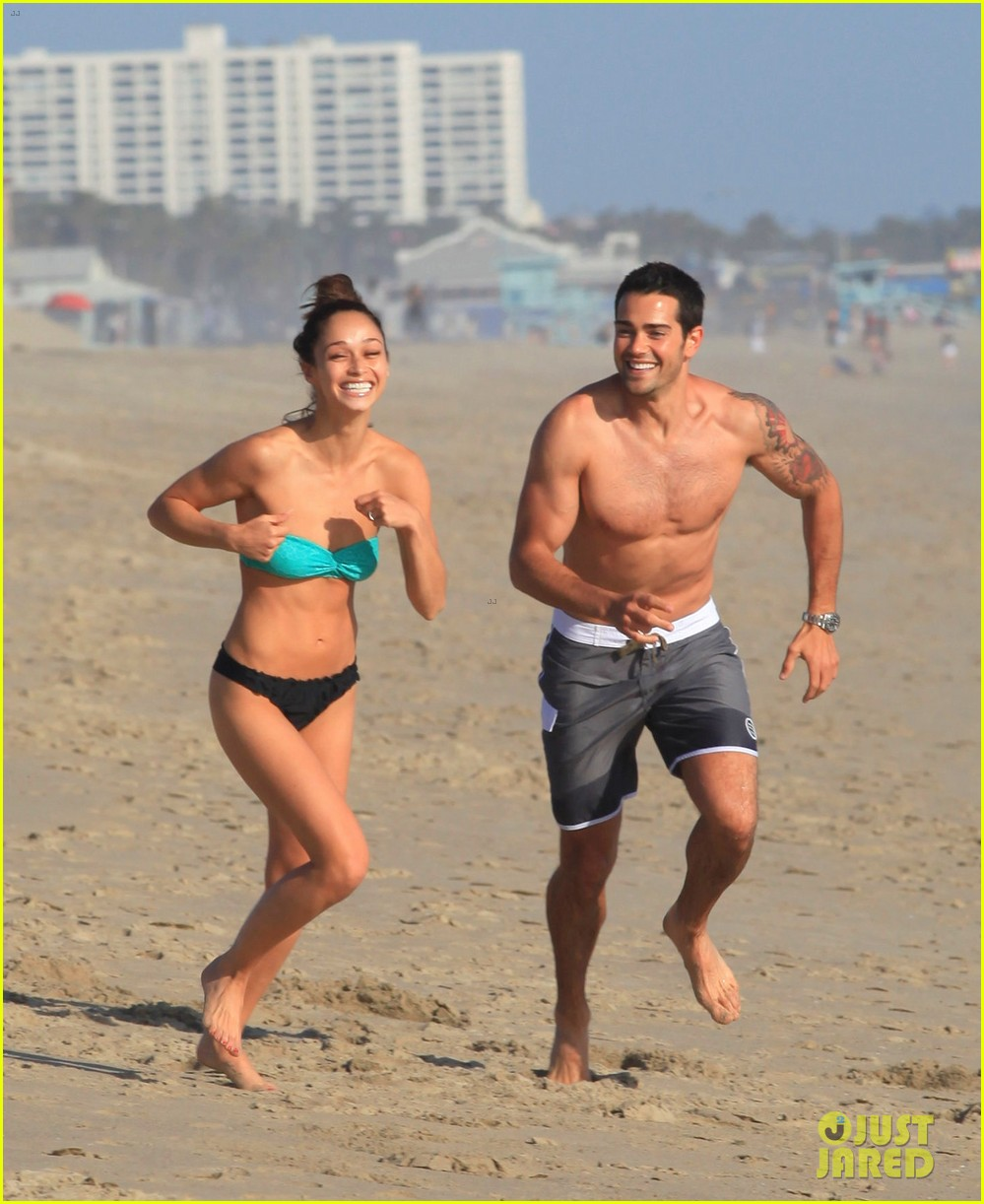 jesse metcalfe shirtless six pack beach stud 19