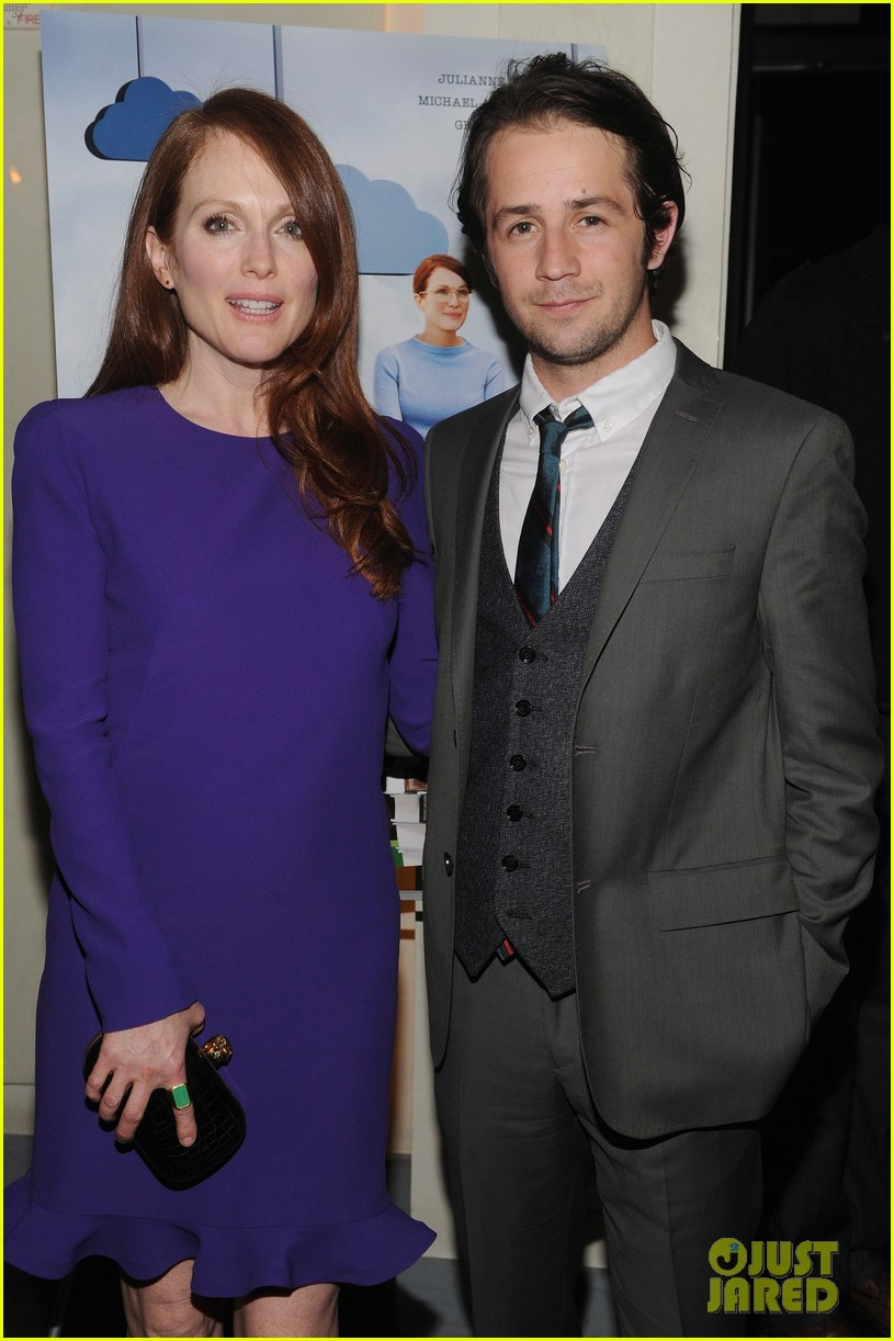 julianne moore english teacher tribeca premiere 16