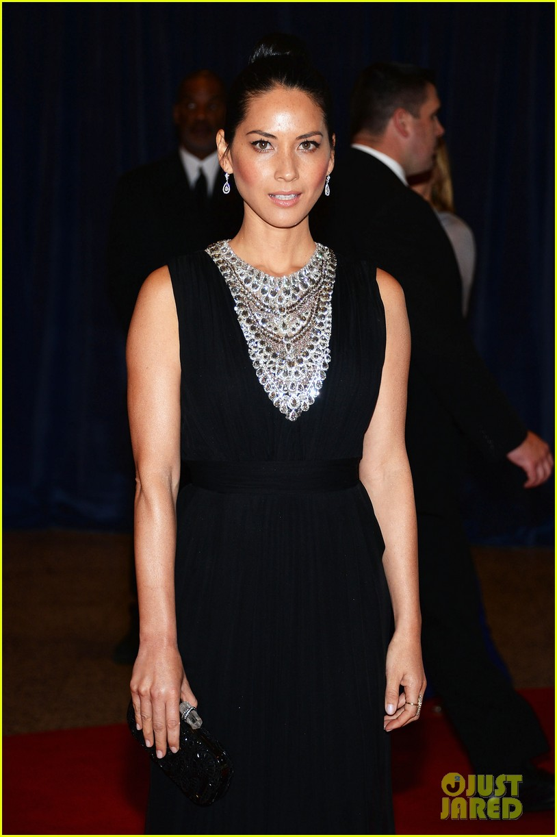 olivia munn megan hilty white house correspondents dinner 2013 03